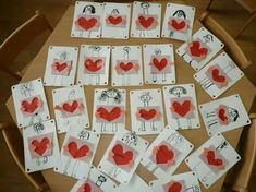 Valentine's Day Crafts For Kids, Fathers Day Crafts, Art For Kids, Diy And Crafts, Cadeau Parents, Mather Day, Dad Day, Mother And Father, Valentine Day Crafts