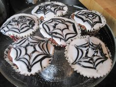 Cooking with Children - Halloween Cakes and Biscuits - Mum In The Madhouse- Mum In The Madhouse Fall Dessert Recipes, Fall Desserts, Fall Recipes, Snack Recipes, Snacks, Kids Cooking Recipes, Cooking With Kids, Cooking Beef Tenderloin, Cooking Mussels