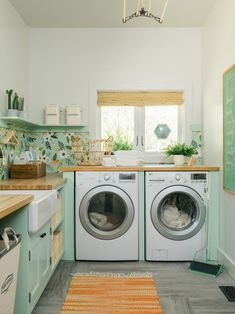 Well dont buy one of those store bought pedestals. Yep i know fat chance. Laundry Room Pictures From Diy Network Ultimate Retreat 2018 Diy Here are some ideas for structuring your laundry room so it will be easier to keep it neat and orderly. Laundry Craft Rooms, Farmhouse Laundry Room, Laundry Room Design, Laundry Decor, Laundry Area, Laundry Closet, Laundry Room Pictures, Bedroom Pictures, Kitchen Pictures