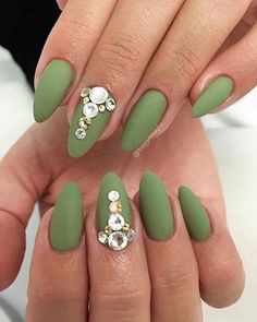 20 Matte Nails - Stunning army green shade with rhinestone studs.
