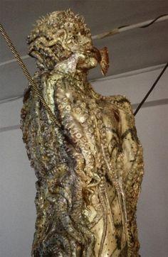 Mark Prent sculpture.