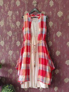 Simple Kurta Designs, New Kurti Designs, Short Kurti Designs, Kurtha Designs, Kurta Designs Women, Kurti Designs Party Wear, Designs For Dresses, Beautiful Dress Designs, Kurti Sleeves Design