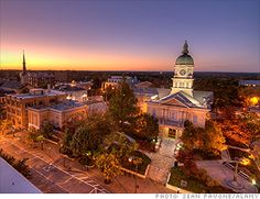 25 Best Places to Retire 2012 Athens, GA - Athens is best known for football, but there's plenty more to love. This college town about 70 miles northeast of Atlanta has all the bells and whistles of a big city—great health care, live music, fine cuisine—minus the sprawl and expensive housing.    Retirees wanting to expand their minds can audit classes at the University of Georgia, sans tuition.