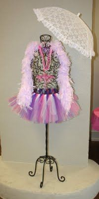 Emme Claire: Emme Claire's Fancy Nancy Birthday Soiree Part Mermaid Birthday, Girl Birthday, Birthday Parties, Birthday Ideas, Fancy Nancy Costume, Diva Party, Ribbon Tutu, Daddys Little Girls, Childrens Party