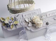 Beautiful wedding envelope card