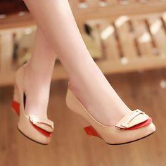 $58.79 Dresswe.comサプライ品新しいデザインのアプリコットウェッジハイヒールパテントレザー女性の靴