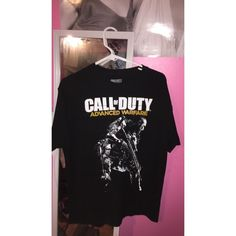 Call Of Duty Tee Call Of Duty gaming tee - size men's large - never really worn so great condition - price NOT firm Tops Tees - Short Sleeve