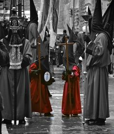 #Semana Santa repinned by #TapasFiesta #Spain