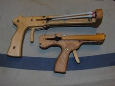 """Syringes, Explosions, Blood: James Bond's """"Spy"""" Slingshot Pistol"""