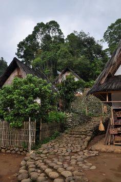Kampung Naga-Dinas Pariwisata dan Kebudayaan Provinsi Jawa Barat. Indonesia