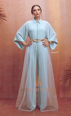 Ramadán collection 2019 by Selma ben omar Abaya Fashion, Muslim Fashion, Modest Fashion, Indian Fashion, Fashion Dresses, Jumpsuit Elegante, Caftan Dress, Kaftan Style, Hijab Dress