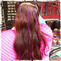 Give your hair some flair and put in some ultra colourful hairextentions. Semi-perminent, attached with bead.  Super fun for partys, festivals or just for fun. Www.facefantasy.nl