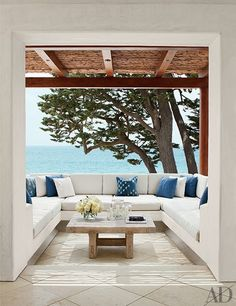 The Best of California Indoor/Outdoor Living from the Pages of AD Photos | Architectural Digest