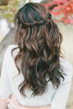 Brown braid crown hair brown hair pretty hair hair ideas beautiful hair hairstyles hair cuts braid c. Wedding Hair Down, Wedding Hair And Makeup, Hair Makeup, Makeup Hairstyle, Wedding Nails, Simple Wedding Hair, Wedding Guest Hair, Wedding Bride, Beach Bridal Hair