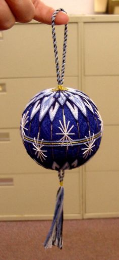 "vividstitch: "" 2004 - one of my very first temari. "" This will be the first post of my new queue! Here we go again…"
