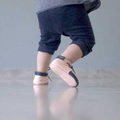 Chaussures bébé en cuir - MinusRoseMarine