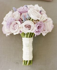 pale pink and lavender rose bouquet. oh so pretty!
