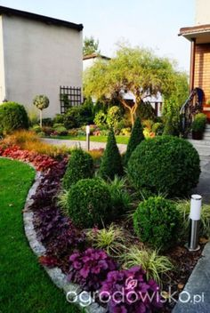 nice 56 Simple Front Yard Landscaping Design Ideas on a Budget #LandscapeLayout