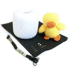 Learn how to add felt eyes to your amigurumi from the Fresh Stitches blog