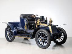 Wilson Pilcher 1903 ✏✏✏✏✏✏✏✏✏✏✏✏✏✏✏✏ IDEE CADEAU / CUTE GIFT IDEA ☞ http://gabyfeeriefr.tumblr.com/archive ✏✏✏✏✏✏✏✏✏✏✏✏✏✏✏✏