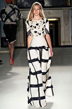 Roksanda Ilincic Spring 2012 RTW - Review - Collections - Vogue