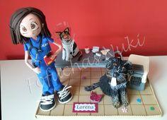 Fofucha veterinaria con perro y gato