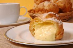 The Big Snack: 25 Afternoon Bites to Try in SF Before You Die | Cream puff: Beard Papa