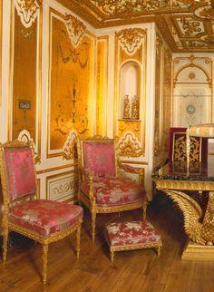 custom made luxury furniture made by www.rubensartgallery.com
