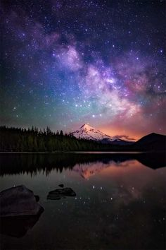The Milky Way galaxy as drifts beyond Mt. Hood, as seen from the beautiful Lost Lake in Oregon - Imgur