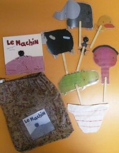sac Le machin chez Vivi Edition Jeunesse, Diorama Kids, Ecole Petite Section, Album Jeunesse, Stories For Kids, Book Activities, Teaching Kids, Diy For Kids, Coin