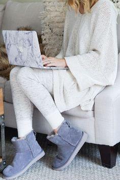 Cozy loungewear and Koolaburra by UGG classic mini boots! | Winter Fashion Ideas | Winter Style Tips | Tips for Winter Fashion | Tips for Winter | Cold Weather Fashion || Oh So Glam