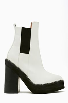 Franz Chelsea Bootie by #JeffreyCampbell