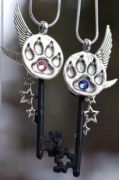 Pawprint Star Key Necklace Set by KeypersCove on Etsy, $38.00 http://www.etsy.com/shop/KeypersCove