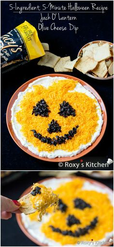 Halloween Recipe - Jack O' Lantern Olive Cheese Dip - or on top of a bean dip or 7 layer! Soirée Halloween, Halloween Goodies, Halloween Food For Party, Halloween Treats, Halloween Recipe, Halloween Dinner, Easy Halloween Appetizers, Halloween Taco Dip, Halloween Queen