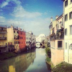 fiume brenta - padova, italia