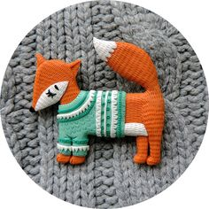 fox brooch, handmade by so foxy