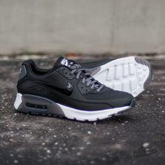 super popular d1944 0ca60 Nike W Air Max 90 Ultra Essential Black  Black- Dark Grey- Pure Platinum