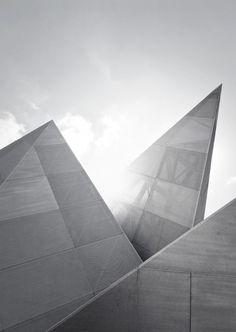 Architecture and design Minimal Architecture, Space Architecture, Le Manoosh, Interior Design Boards, Built In Microwave, Architectural Elements, Architectural Models, Minimalism, Exterior