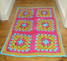 Large Granny crochet rug using Hoopla Yarn - pattern free @: http:stocktoncrafts.typepad.com