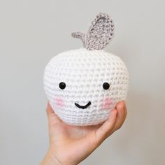 Down Grapevine Lane: A Crochet Apple