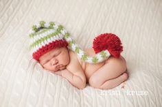 Newborn Baby Crochet Fuzzy Long Pom Elf Hat Christmas. $25.00, via Etsy.    If I ever have a baby around Christmas!