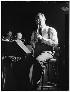 William Gottlieb - Benny Goodman, 400 Restaurant, New York, N.Y. (c1946)