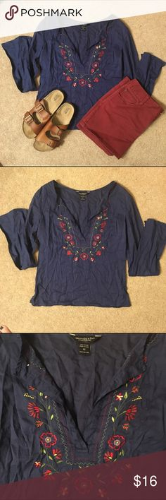 Abercrombie & Fitch embroidered boho top Excellent used condition. Very lightweight. Abercrombie & Fitch Tops Blouses
