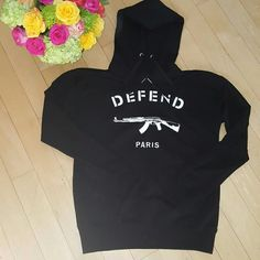 ***DEFEND PARIS MEN'S SWEATSHIRT*** Blk Sweatshirt with White lettering!!! BRAND NEW!!! Defend Paris Tops Sweatshirts & Hoodies