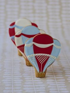 Awesome Hot Air Balloon Cookies by Zoe Clark Cakes