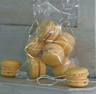 Passionfruit-Mango Macarons