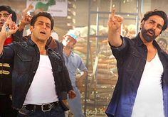 Learn Salman-Akshay's famous 'Fugly spider step' (watch video)
