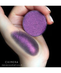 Chimera single eyeshadow neve cosmetics - Look how big these pans are!