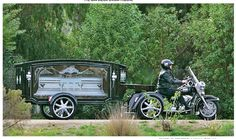 Harley Davidson Hearse This is the way I want to go kids!