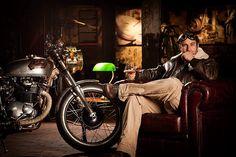 Gentleman prefer motorcycles... Honda, CB-350 Steampunk Café Racer.